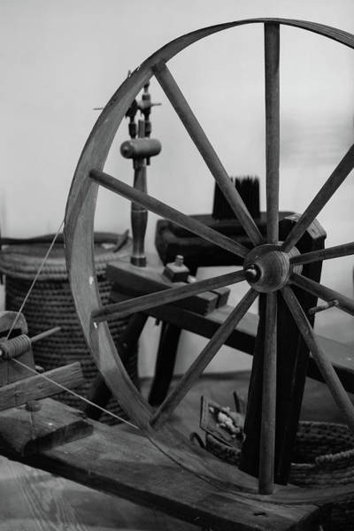 Photograph - Spinning Wheel At Mount Vernon by Nicole Lloyd
