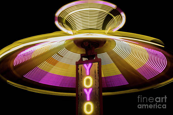 County Fair Wall Art - Photograph - Spinning Yoyo Ride by Juli Scalzi