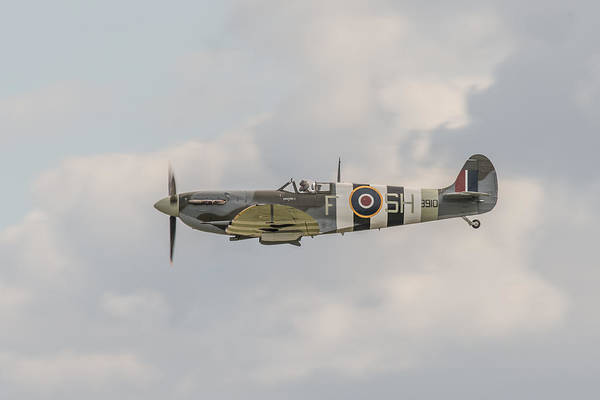 Photograph - Spitfire Mk Vb by Gary Eason