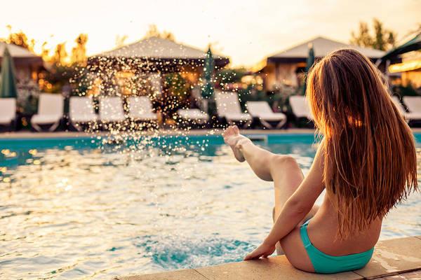 Pools Photograph - Splash by Chris Thodd