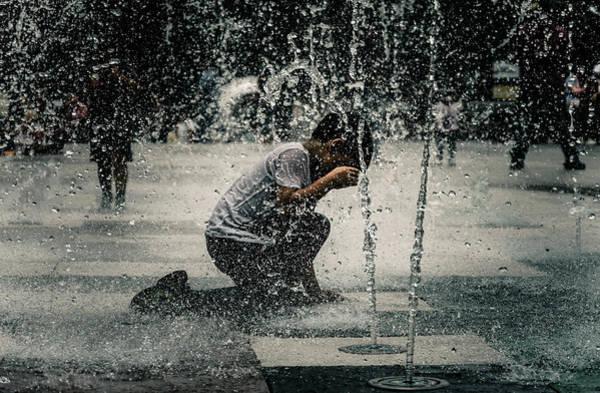 Wall Art - Photograph - Splash Of Innocence by Mario Giovanni Arce