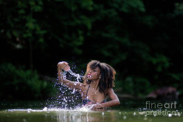 Photograph - Splash Splash by Dan Friend