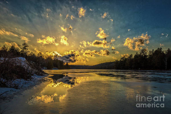 Photograph - Splendor In The Sky by Roger Monahan