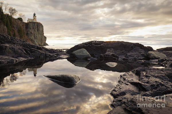 Northern Minnesota Wall Art - Photograph - Split Rock Lighthouse Reflections 1 by Ernesto Ruiz