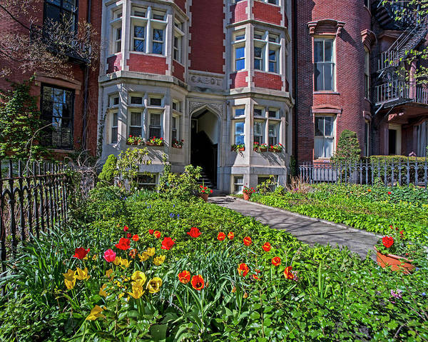 Photograph - Spring Day On Beacon Hill Boston Ma by Toby McGuire