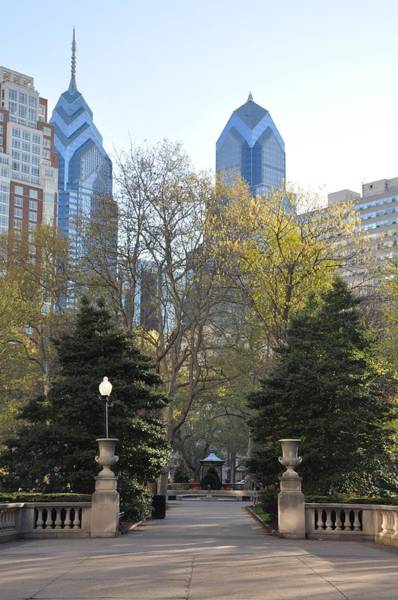 Photograph - Sprintime At Rittenhouse Square by Bill Cannon