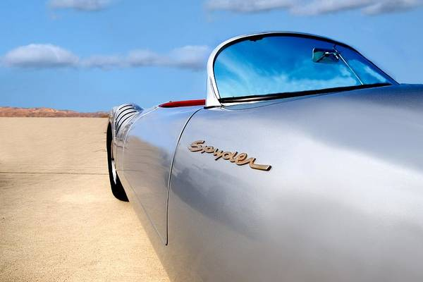 Coronado Photograph - Spyder by Peter Tellone