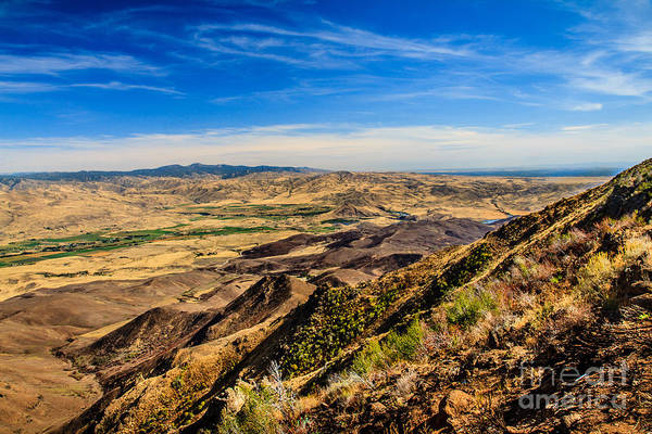 Haybale Wall Art - Photograph - Squaw Butte View Hdr-3 by Robert Bales