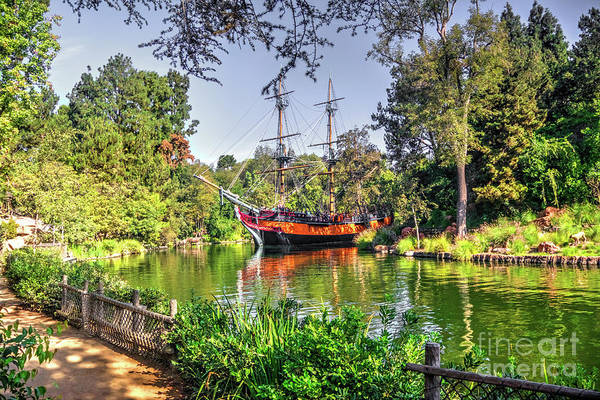 Photograph - S. S. Columbia On The  Rivers Of America  by Joe Lach