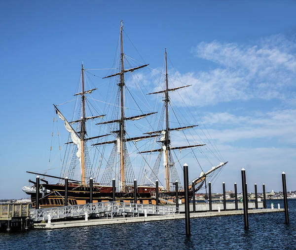 Photograph - Ssv Oliver Hazard Perry by Nancy De Flon