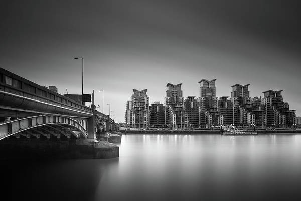 United Kingdom Photograph - St. George Wharf by Ivo Kerssemakers