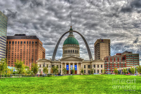 Photograph - St Louis Gateway Arch 8 Old St Louis County Court House Art by Reid Callaway