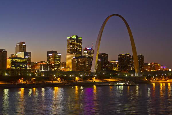 St Louis Arch Painting - St Louis Skyline From Poplar Street Bridge by Garry McMichael