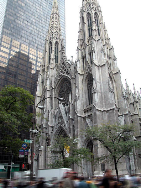 St Patrick's Cathedral - Manhattan Art Print