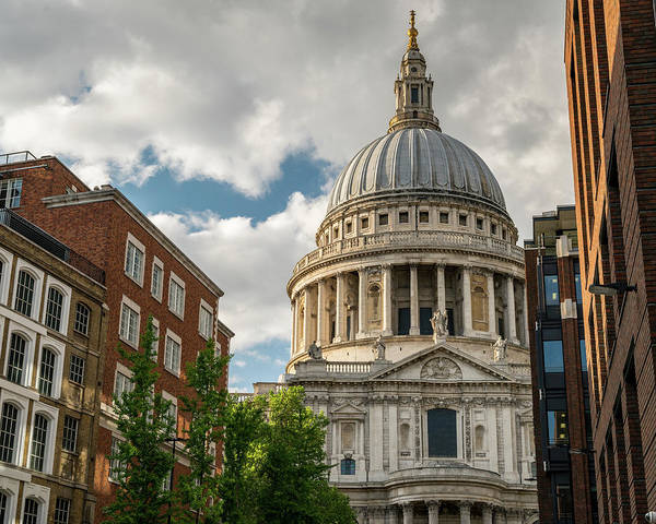 Photograph - St. Paul's Cathedral by James Udall