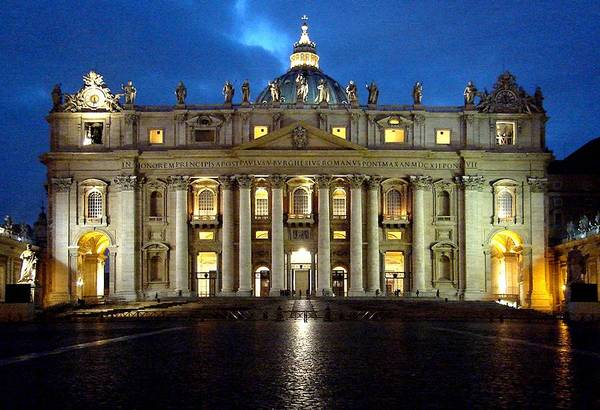 Photograph - St Peter's by Roberto Alamino