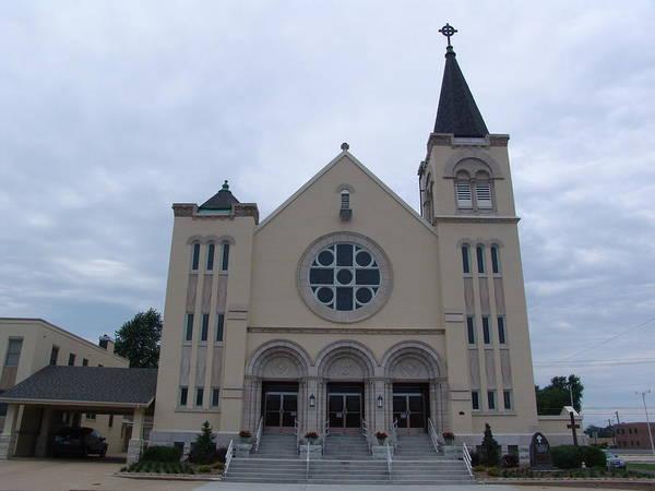 Moberly Photograph - St Pius X Catholic Church by Kathy Cornett