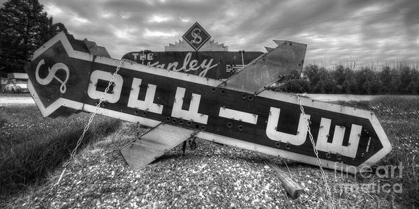 Wall Art - Photograph - Stanley Court Sign by Twenty Two North Photography