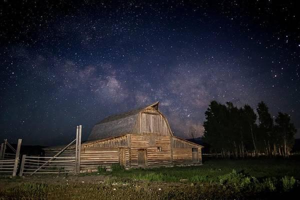Photograph - Star Struck Barn by Harriet Feagin