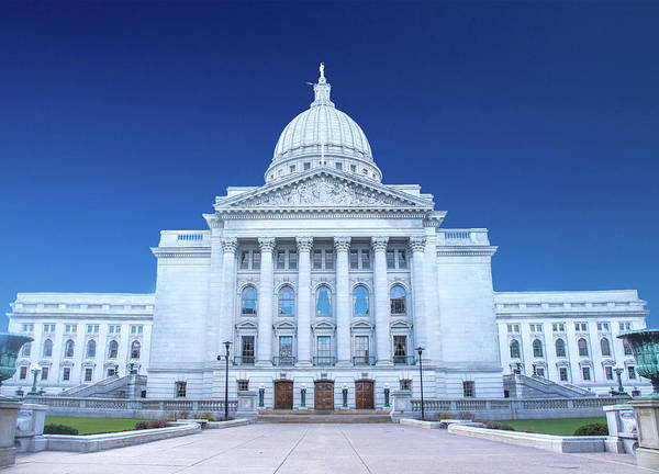 Wall Art - Photograph - State Capitol Of Wisconsin by Art Spectrum