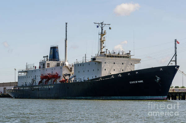 Photograph - State Of Main Vessel by Dale Powell