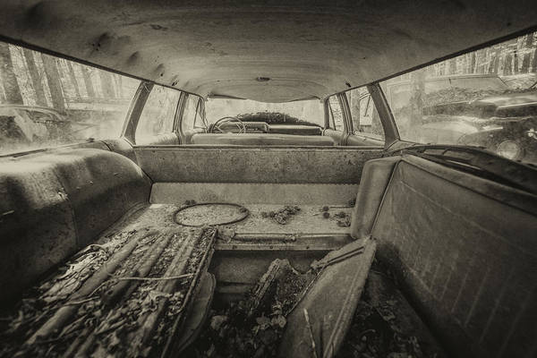 Photograph - Station Wagon by Lindy Grasser