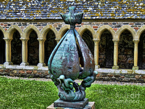 Photograph - Statue At The Abbey by Roberta Byram