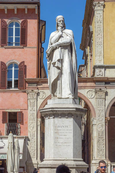 Wall Art - Photograph - Statue Of Dante Alighieri by W Chris Fooshee