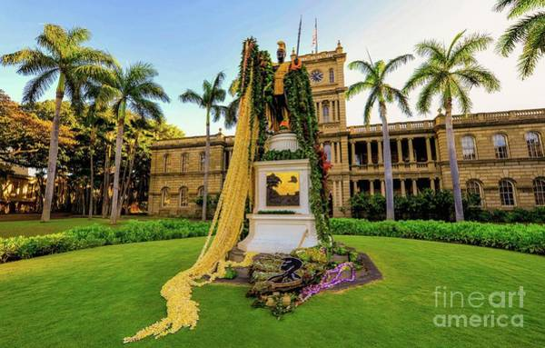Photograph - Statue Of, King Kamehameha The Great by D Davila