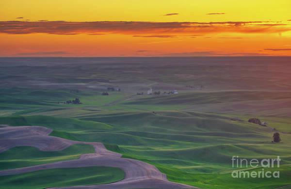 Spokane Photograph - Steptoe Butte Sunset Rolling Fields by Mike Reid