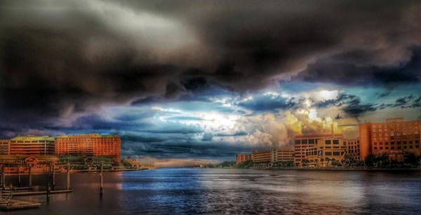 Photograph - Storm On The Way by Mike Dunn