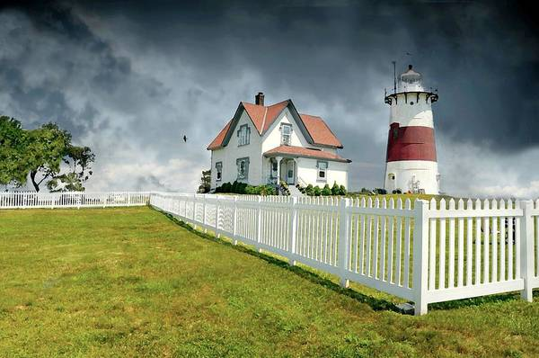 Coast Guard House Photograph - Stratford Point Lighthouse by Diana Angstadt