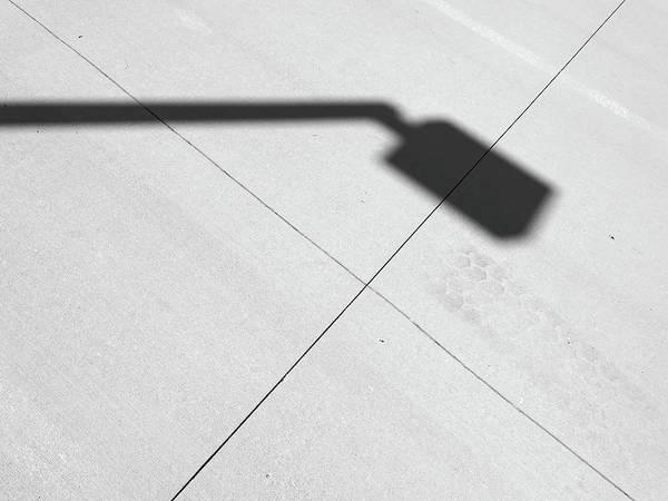 Crisscross Wall Art - Photograph - Streetlight by Tom Druin