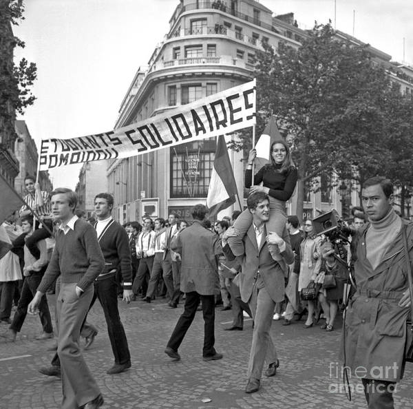 Demonstrating Wall Art - Photograph - Student Demonstrations In Favor Of Charles De Gaulle, Paris, 30 May 1968 by French School