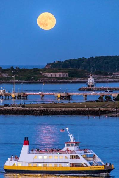 Casco Bay Photograph - Sturgeon Moon Over White Head by Tim Sullivan