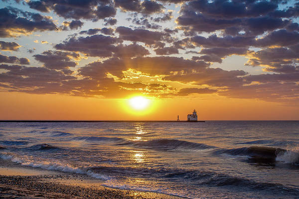 Wall Art - Photograph - Sun Kissed by Bill Pevlor