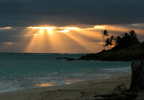 Photograph - Sunburst At Kailua by E Faithe Lester