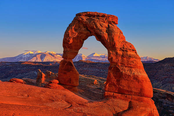 Photograph - Sundown On Delicate Arch by Greg Norrell