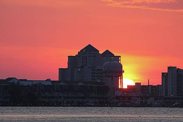 Photograph - Sunrise At 17th St by Robert Banach