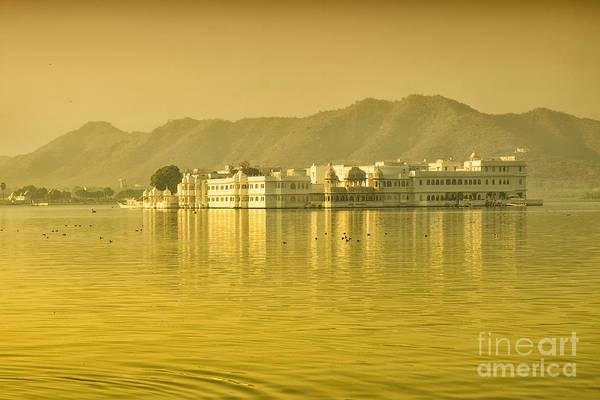 Photograph - Sunrise At Pichola Lake Palace by Yew Kwang