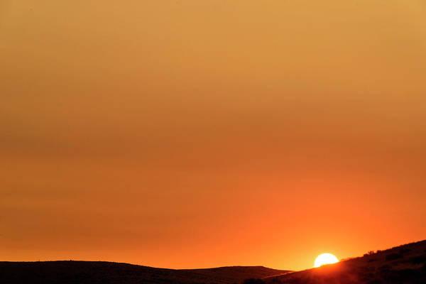Sunrise Over The Umtanum Ridge Art Print