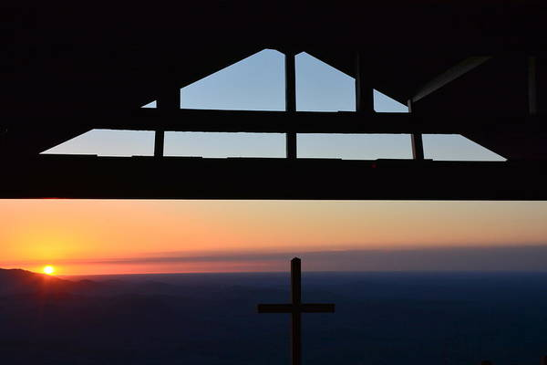 Wall Art - Photograph - Sunrise Service At Pretty Place by Lisa Wooten