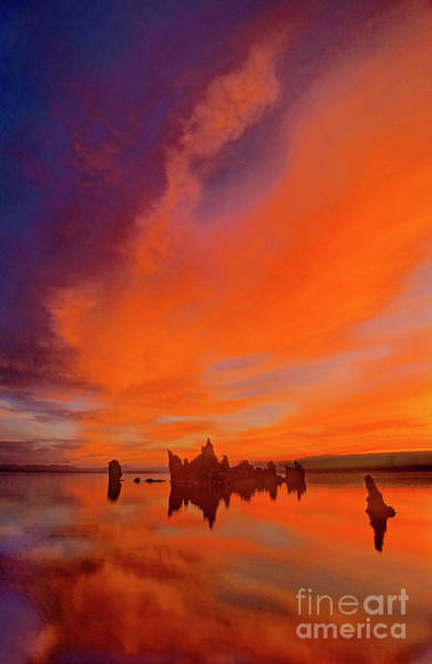 Photograph - Sunrise South Tufa Beach Mono Lake California  by Dave Welling