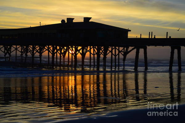 Felton Photograph - Sunrise Through The Pier by Rob Felton