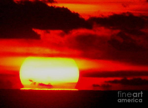 Photograph - Sunset 1 by Pat Moore