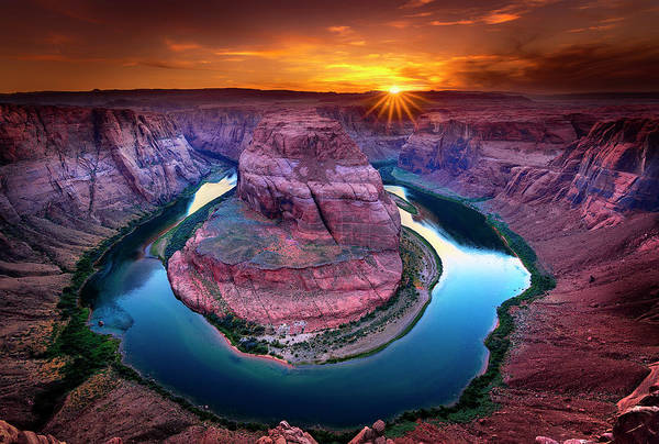 Photograph - Sunset At Hoseshoe Bend by Michael Ash