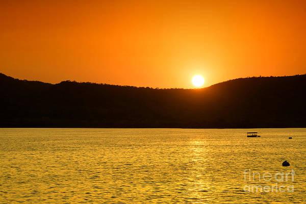 Photograph - Sunset At Pichola Lake by Yew Kwang