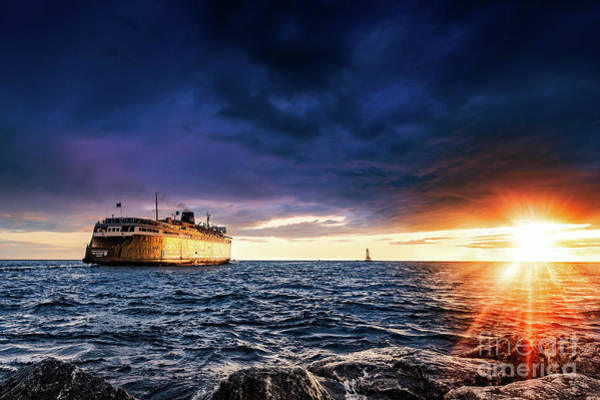 Wall Art - Photograph - Sunset Cruise by Todd Bielby