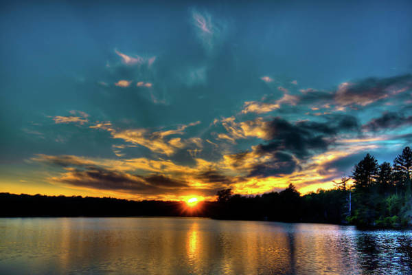 Photograph - Sunset On Nicks Lake by David Patterson