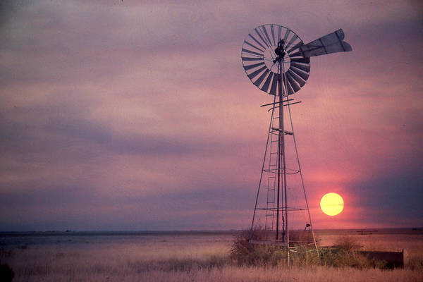 Photograph - Sunset On The Colorado Prairie by Marie Leslie